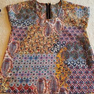 Tapestry pattern size small Top Japna EUC